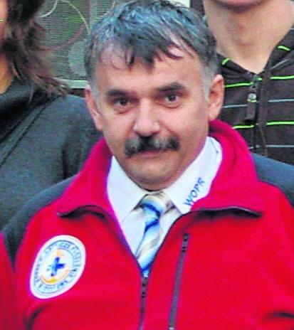 Adam Koczyba, prezes oddziału WOPR w Lublińcu  Jeśli chcesz oddać swój głos w konkursie na Adama Koczybę, prezesa lublinieckiego oddziału WOPR-u, wyślij sms o treści DZCLUB.8 na numer  72355 (koszt 2.46 zł z VAT).