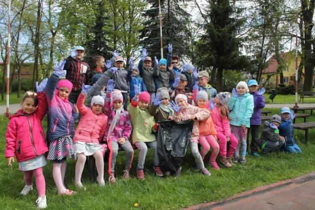 W gminie Unisław odbyło się już wielkie powiosenne sprzątanie