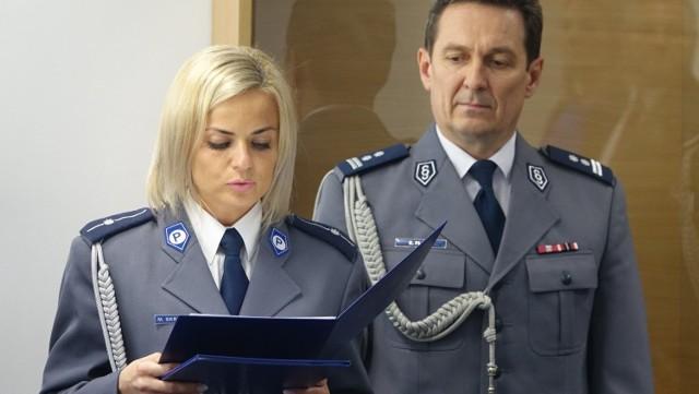 Komendant Edward Flaga (na zdjęciu z rzecznikiem prasowym nyskiej policji asp. Magdaleną Skrętkowicz) nie chciał komentować zarzutów swoich podwładnych.
