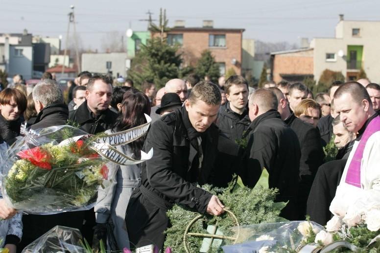 Pogrzeb Henryka Bałuszyńskiego. Piłkarza żegnała rodzina, przyjaciele i piłkarskie znakomitości