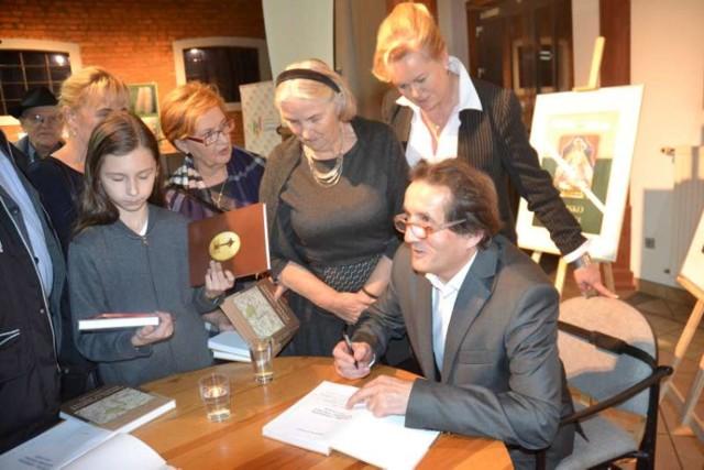 Stanisław Małyszko - promocja książki ,,Czechel, Czerminek, Kucharki, Szkudła''w Gołuchowie