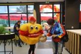 Dąbrowa Górnicza: Nowy Mr Hamburger już otwarty - zobacz zdjęcia. Jest w Gołonogu, w miejscu dawnego McDonald'sa