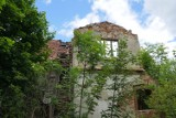 Dziesięć niezwyłych budynków w Legnicy, które są ruiną, a mogły być perłami miasta