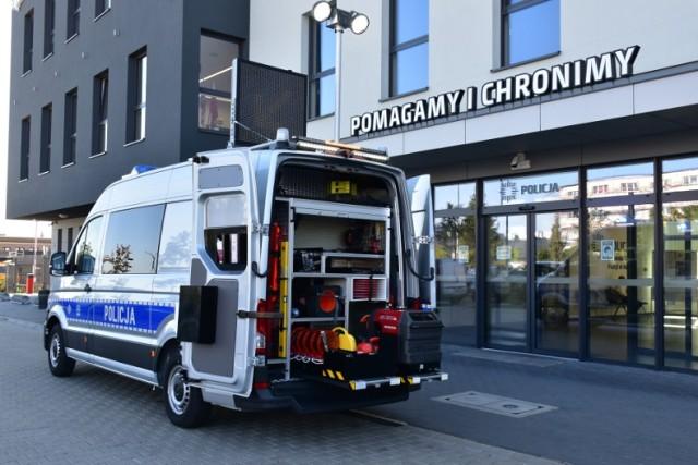 Kaliska drogówka otrzymała Ambulans Pogotowia Ruchu Drogowego