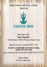 Zajęcia wakacyjne jogi w domu kultury w Żarkach