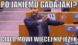 Patryk Jaki mówi po jakiemu, czyli jaki-taki angielski europosła MEMY po wystąpieniu Patryka Jakiego w PE. Opozycja kpi