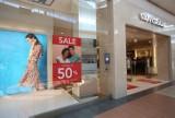 Promocje sięgają 50 procent! Wyprzedaż na lato 2021. Zobacz! Są w sklepach Zara, H&M, Orsay, Reserved, CCC
