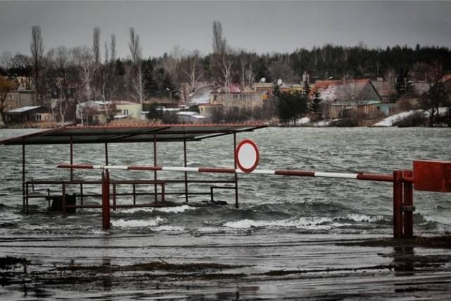 Wody Polskie planują kolejne inwestycje przeciwpowodziowe, m.in. by chronić okolice Gdańska i Żuławy.