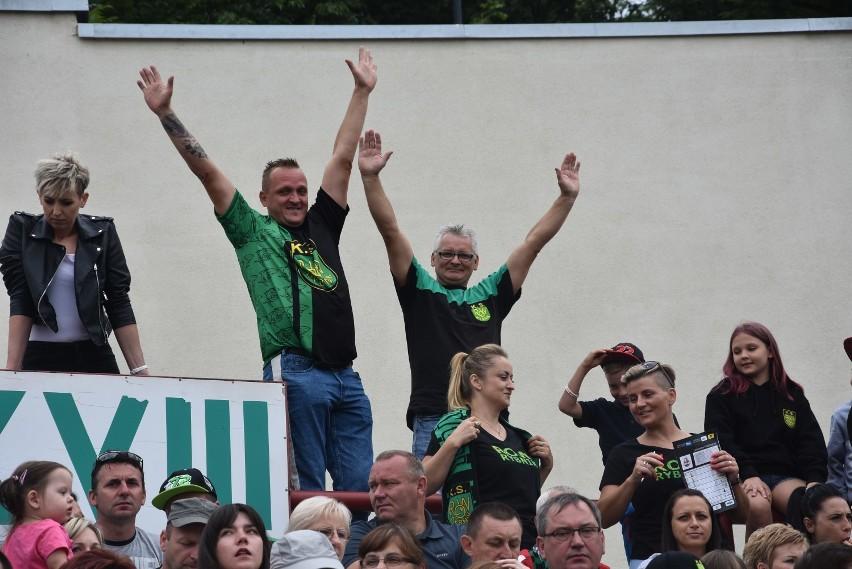 ROW Rybnik pokonał Gniezno w ostatnim biegu! Horror ale kibice wierzyli do końca!