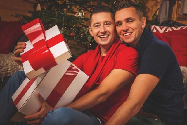 Pierwsza wiadomość dla gejów