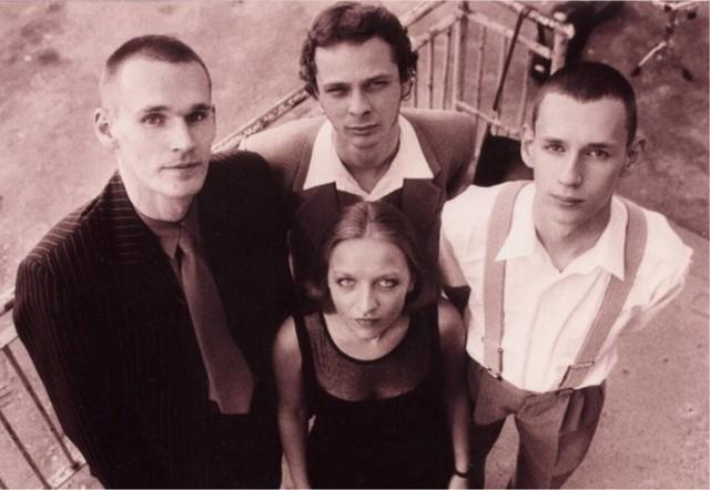 Szulerzy, 2002 r. Od lewej Marcin Szulkowski, Jacek Mazurkiewicz, Miłosz Szulkowski, Małgorzata Niezborała