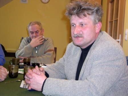 Kazimierz Rompkowski (w tle) i Krzysztof Kałduński (na pierwszym planie), dwaj z sześciu założycieli Stowarzyszenia Komitet Obywatelski Praworządność i Samorządność.