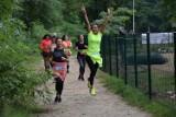 """""""Obudźmy tatę Natana"""". Wspaniała akcja charytatywna zielonogórskich biegaczy na Dzikiej Ochli"""