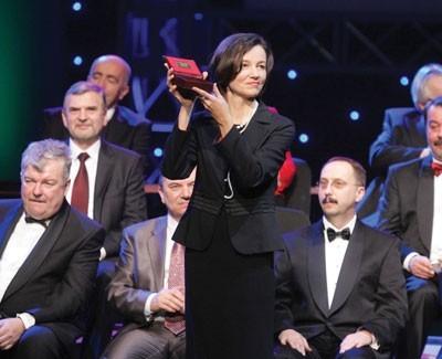Dyrektor Iwona Purzycka odebrała w sobotę Złoty Laur Umiejętności i Kompetencji