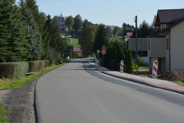 Chodnik w Trepczy.