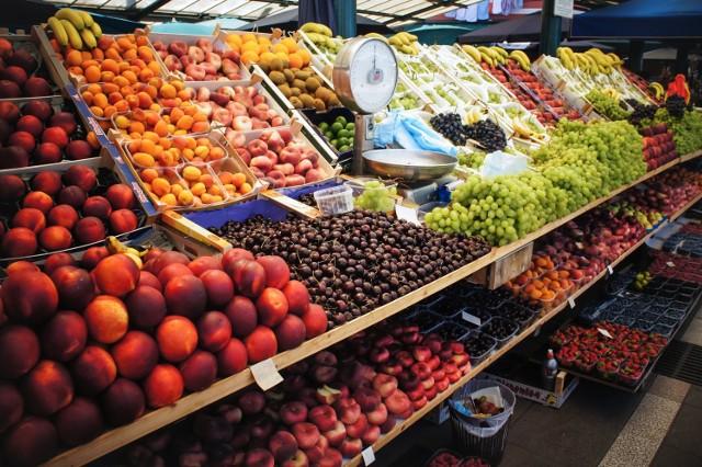 UOKiK: Sieć Biedronka wprowadzała klientów w błąd odnośnie kraju pochodzenia warzyw i owoców
