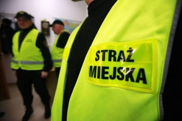 Strażnicy miejscy z Białej Podlaskiej zatrzymali ekshibicjonistę