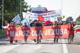 Marsz dla Jezusa w Słupsku. Wierni przeszli przez miasto [zdjęcia]