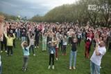 """""""Przyspieszamy dla Wiktora"""". Akcja charytatywna na Jasnych Błoniach w Szczecinie przyciągnęła tłumy dobrych serc! Zobacz ZDJĘCIA"""