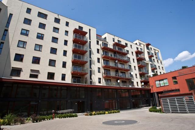 Na niektórych osiedlach nawet połowę mieszkań wykupują inwestorzy chcący zarabiać na wynajmie.