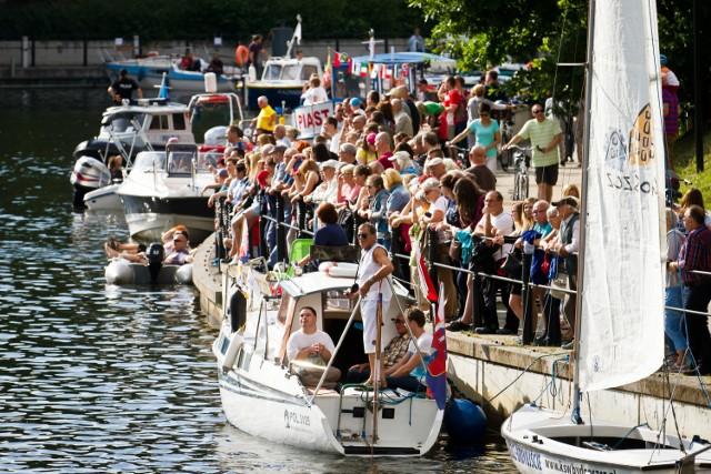 Ster na Bydgoszcz każdego roku przyciąga tłumy bydgoszczan. Tak było na Wyspie Młyńskiej w czasie poprzedniej edycji imprezy.
