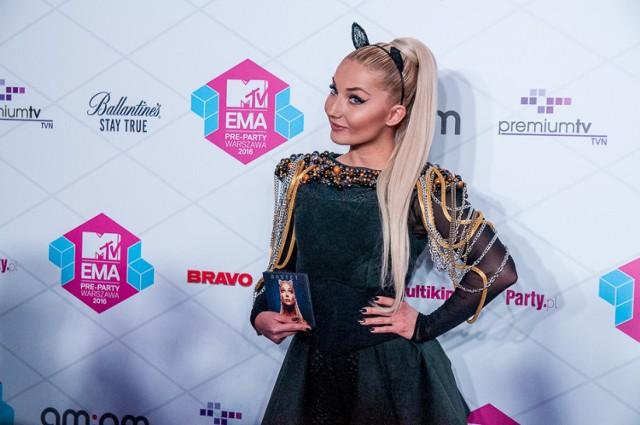 MTV EMA 2016. Wielki powrót Mariny, Tumala królową i śliczna Cleo. Zobacz gwiazdy na gali [ZDJĘCIA]