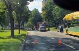 Wypadek w Tychach, przy alei Niepodległości. 80-letni keirowca mazdy potrącił rowerzystę