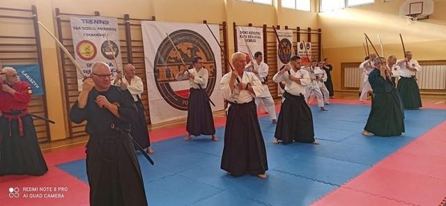 Głównym celem wspólnych treningów kenjutsu jest wymiana doświadczeń i podnoszenie poziomu wyszkolenia we współpracujących klubach