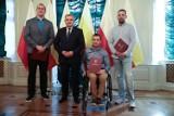 Prezydent Tadeusz Truskolaski uhonorował sportowców za wybitne osiągnięcia. Wojciech Nowicki, Rafał Czuper i ich trenerzy nagrodzeni FOTO