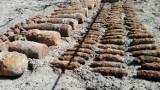 Amunicja na placu budowy w Dębogórzu. Saperzy z Rozewia wyciągnęli z ziemi 160 pocisków | ZDJĘCIA