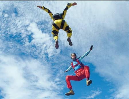 W ciągu siedmiu dni skoczkowie skakali 1800 razy!, foto: Klub Spadochronowy Atmosfera