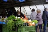 Drożyzna na targowiskach w Toruniu. Tyle za warzywa i owoce trzeba było zapłacić w piątek