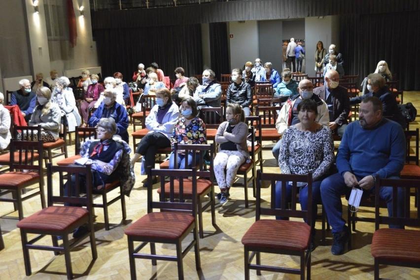 Kościan. Niedzielne widowisko muzyczne z sali widowiskowej KOK