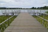 Jest nadzieja na uratowanie jeziora w Trzebielinie. Próg i zastawka piętrzące wodę już jest