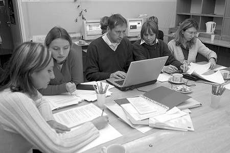 Aneta Górska, Elżbieta Bazańska, Markus Scheile i Hanna Mazurkiewicz pracują nad nowym programem.
