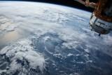 """Planetarium Śląskie: webinar """"Życie na orbicie"""". Jak zostać astronautą? Czy w kosmosie można pić espresso?"""