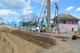 Od 26 kwietnia zmienia się organizacja ruchu w Skierniewicach. Utrudnienia w okolicy budowanego wiaduktu