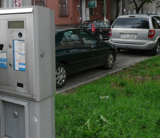 Parkomaty stoją na ulicach przejętych od powiatu.