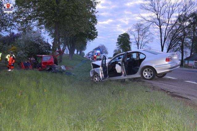 Do wypadku doszło w nocy z piątku na sobotę na drodze krajowej nr 12 w miejscowości Siedliszcze na trasie Chełm - Piaski.  WIĘCEJ: Wypadek na DK12. Zginęły dwie osoby