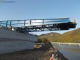 Kurów. Trwają intensywne prace przy budowie mostu na Dunajcu. Przeprawa powstaje w ciągu DK nr 75 między Brzeskiem a Nowym Sączem[ZDJĘCIA]