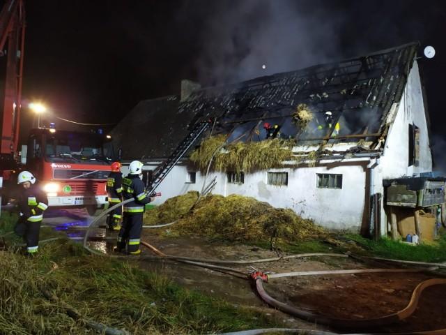 W Wielkim Wełczu płonął budynek mieszkalny. Straty oszacowano na 200 tys. zł