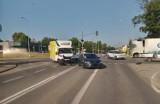 Wypadek w Pucku na skrzyżowaniu ulic Helskiej i Żarnowieckiej: czerwone światło i GPU kontra GWE | ZDJĘCIA, NADMORSKA KRONIKA POLICYJNA