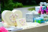NAJGORSZE prezenty ślubne. Pod żadnym pozorem ich nie dawaj!