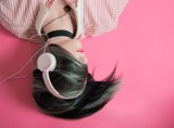 Jak zmieniały się gusta muzyczne Polaków? Kogo słuchamy najchętniej? Spotify prezentuje najpopularniejsze piosenki w Polsce od 2013 roku