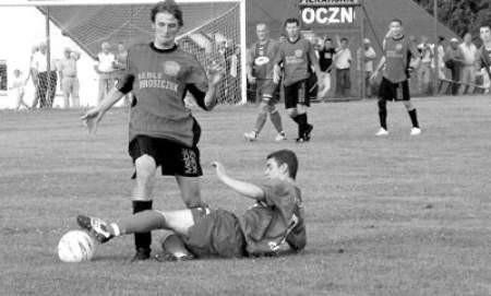 Piłkarze Tempa i Mieszko Piasta będą musieli jeszcze dwukrotnie zmierzyć się ze sobą.