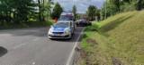 W Krzykosach zderzyły się dwa samochody osobowe. 30-latka nie ustąpiła pierwszeństwa przejazdu i uderzyła w prawidłowo jadące auto