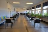 IX LO w Sosnowcu jest już przygotowane do matury próbnej. Przez najbliższe dni egzamin będzie zdawało 87 osób