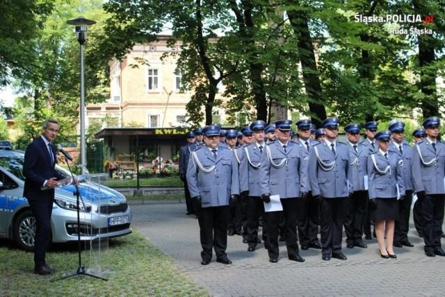 Święto policji w Rudzie Śląskiej. Ponad 80 funkcjonariuszy otrzymało mianowania na wyższe stopnie służbowe. Zobacz zdjęcia >>>