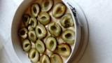 Sezon na śliwki. Oto przepis na najłatwiejsze ciasto w świecie. Ze śliwkami oczywiście