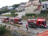 Pożar szkoły w Dębogórzu: szybka akcja strażaków z Kosakowa ugasiła ogień | ZDJĘCIA, NADMORSKA KRONIKA POLICYJNA
